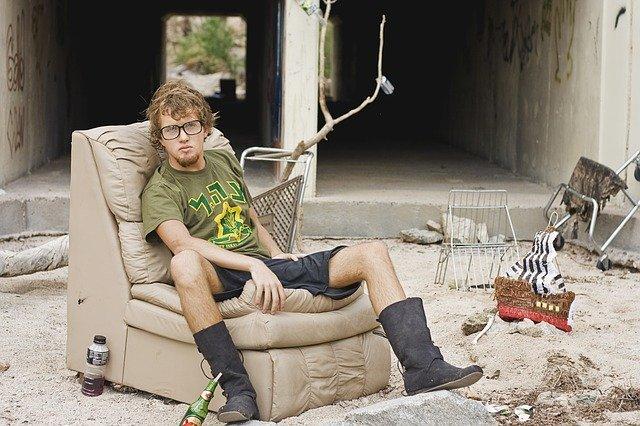 mladý bezdomovec