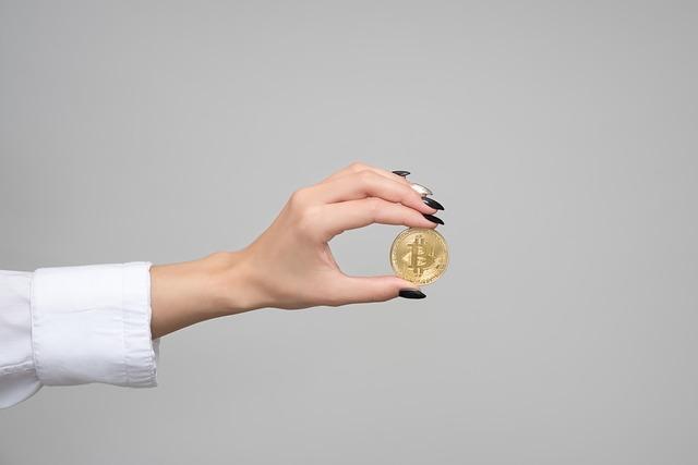 bitcoin mezi prsty